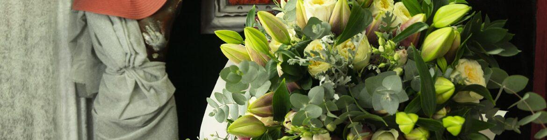 Μπουκέτο με λουλούδια Lilies Stargazer. (1)