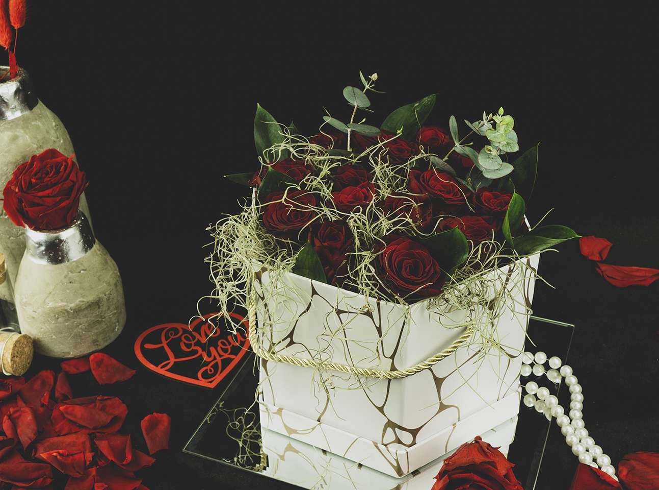 13 red roses.