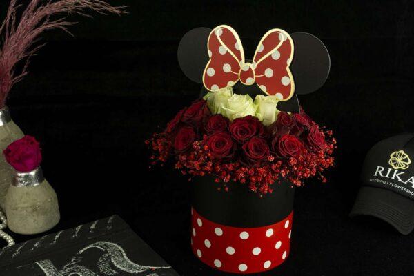 Σύνθεση με τριαντάφυλλα Minnie